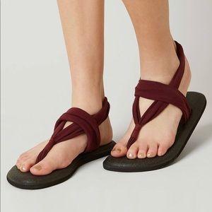 *NEW* Sanuk yoga sling flip flop sandals.